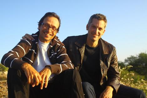 Veikko von Fürstenrecht och Harald Erici är Sambabröder och förvandlar Tornlunden till Rio på Musikröran.